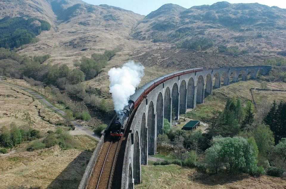 Le viaduc de Glenfinnan et le Jacobite Steam Train