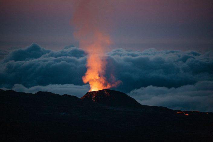 piton de la fournaise en eruption